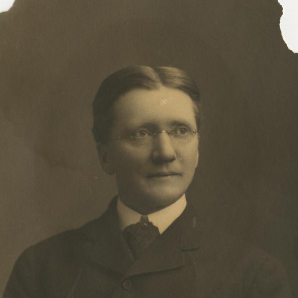 Edgar Swift
