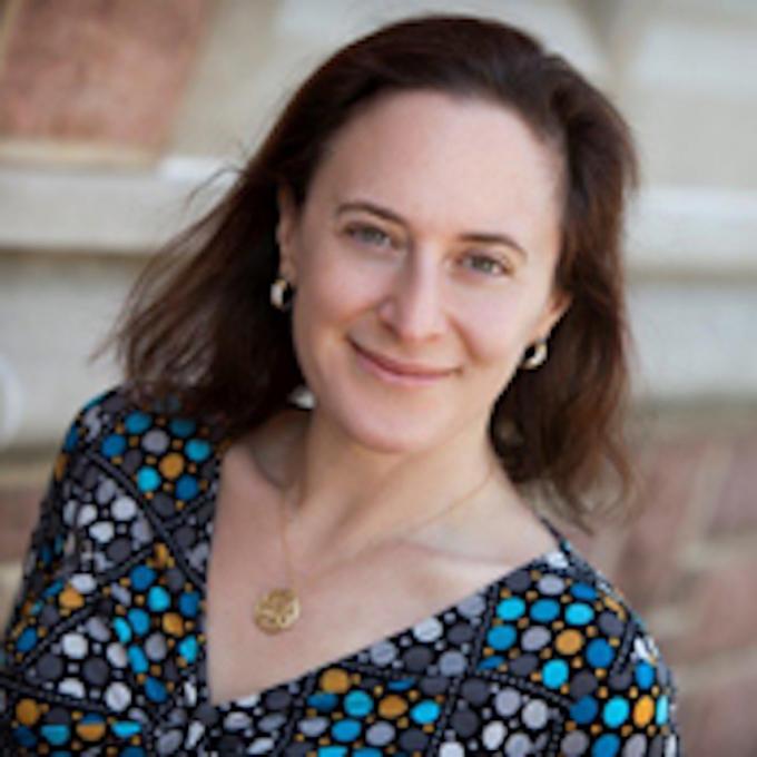 Headshot of Hillary Elfenbein